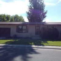 3 Bed 2 bath 2 car garage Home, taking applications 510 Spire Riverton WY
