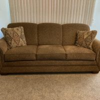 Brown Lazyboy couch and loveseat, Moving  Must sell Excellent condition with 4 pillows.Pictures
